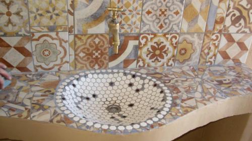 Mosaikwaschbecken